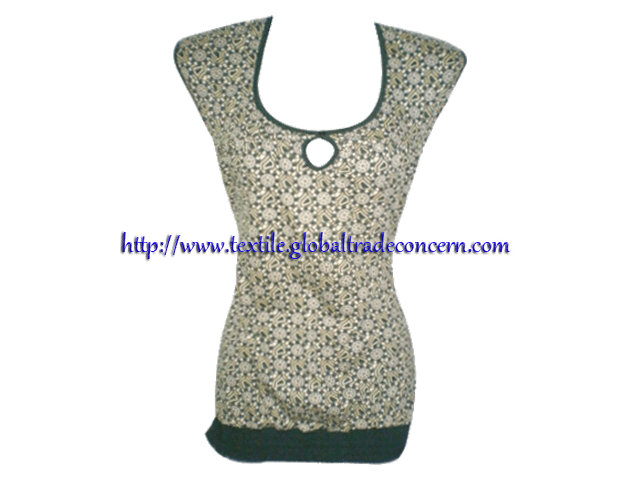 Lady's Knit Top